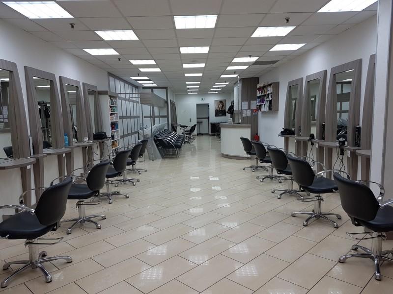 Diagonal coiffure metz borny centre commercial cora - Salon de coiffure diagonal ...